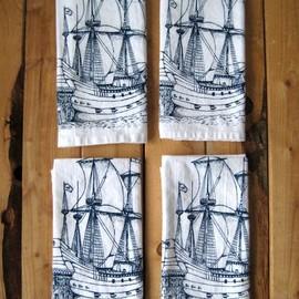 Cloth Dinner Napkins, Ship