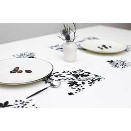 Jardin Black Table Setting